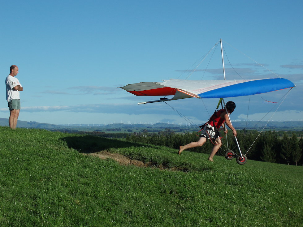 learn to fly hang gliders